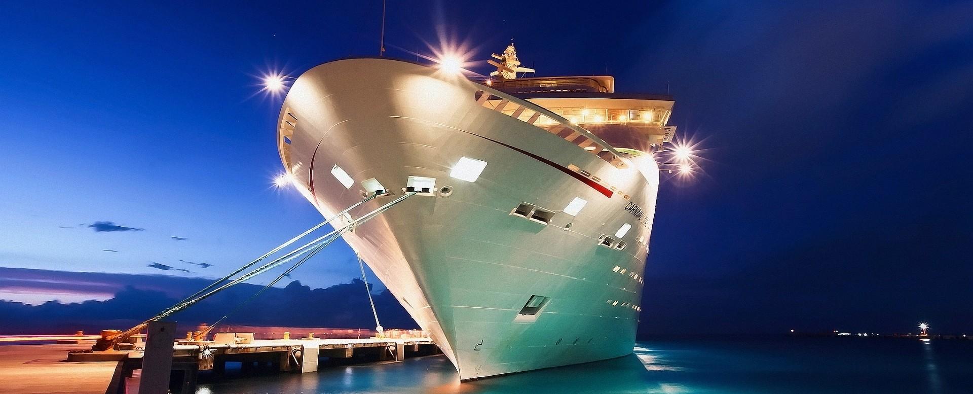cruise-ship-port-654894