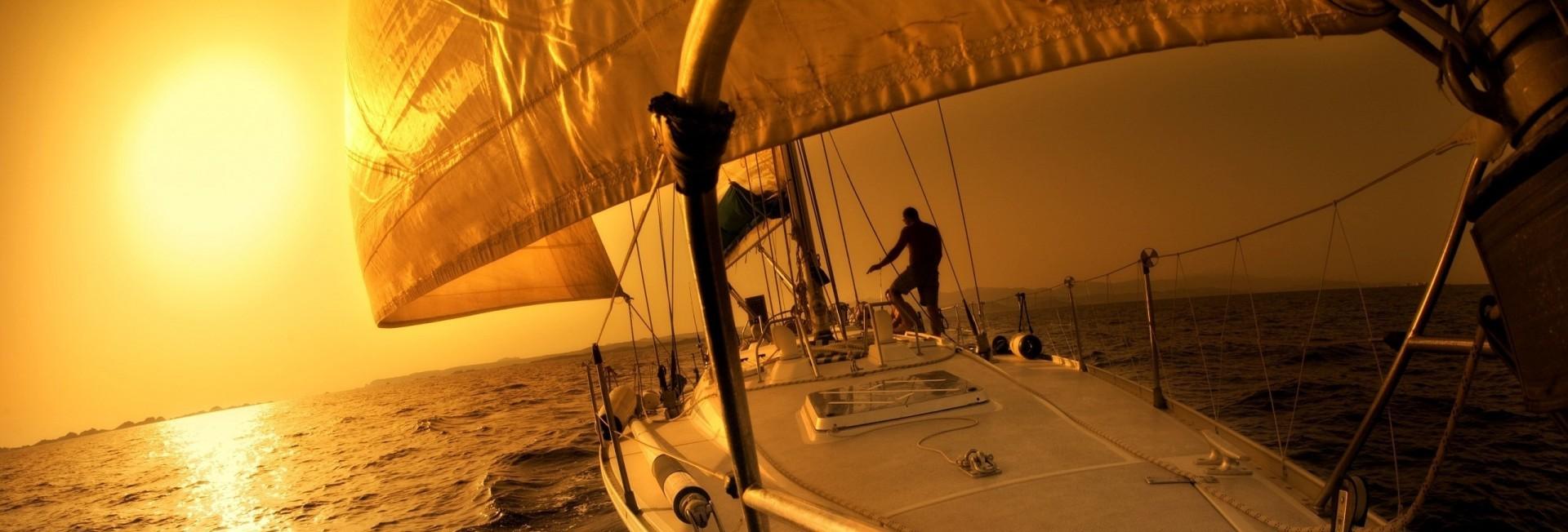 sailboat-4894